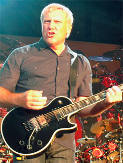 Lifeson_Alex_blackFloydLP.jpg